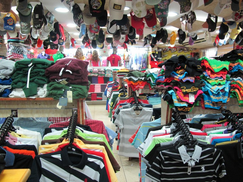 Одежда и обувь оптом из Китая