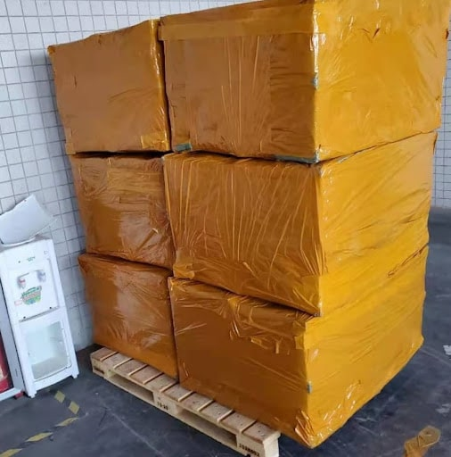 Доставка светильников из Китая в Россию